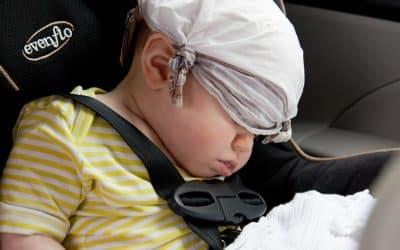 Bébé à bord d'un taxi: le siège auto est-il obligatoire?